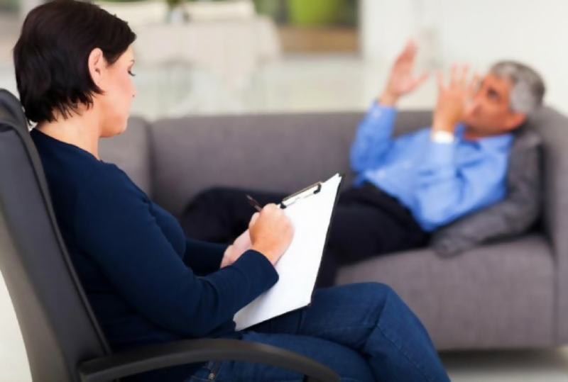 counselling with patient